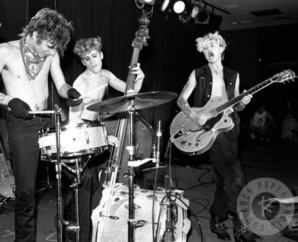 Stray Cats – Under The Covers